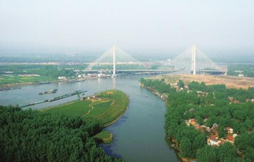 """""""江苏省扬州市作为大运河成功申遗的牵头城市,近年来,深入贯彻落实总"""
